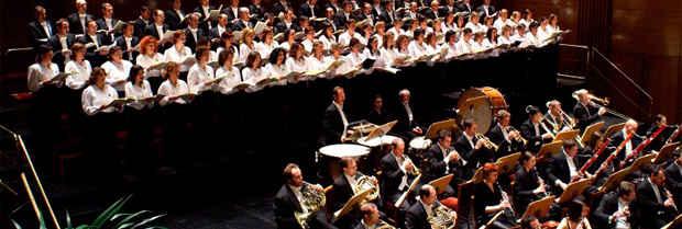 Coro de la Fundación en el Teatro Real de Madrid.