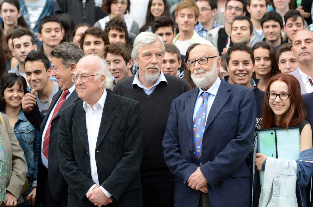 Scientific meeting with Peter Higgs, François Englert and Sergio Bertolucci