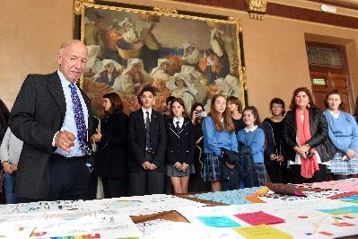 """Conferencia """"Las migraciones en el desarrollo del sistema capitalista mundial y su relevancia actual para España"""" y encuentro con estudiantes del Programa educativo """"Toma la Palabra"""". """"PasaPortes cruzados"""""""