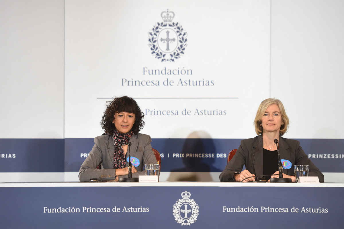Press conference with the biochemists Jennifer Doudna and Emmanuelle Charpentier