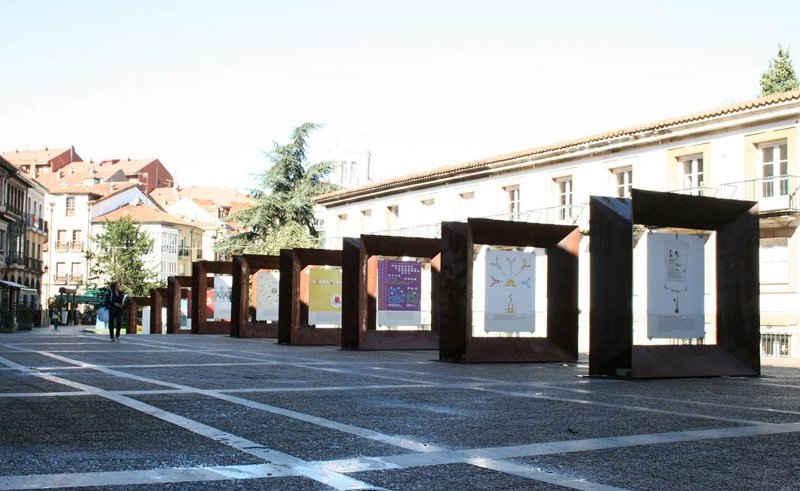 Carteles de la exposición de la Asociación de Diseñadores Gráficos de Asturias