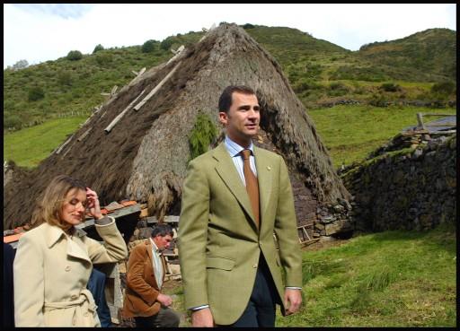 Premio al Pueblo Ejemplar de Asturias 2004