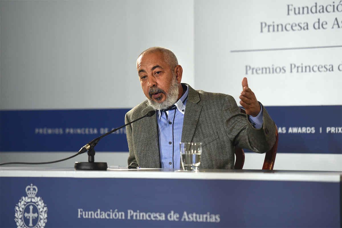 Rueda de prensa de Leonardo Padura