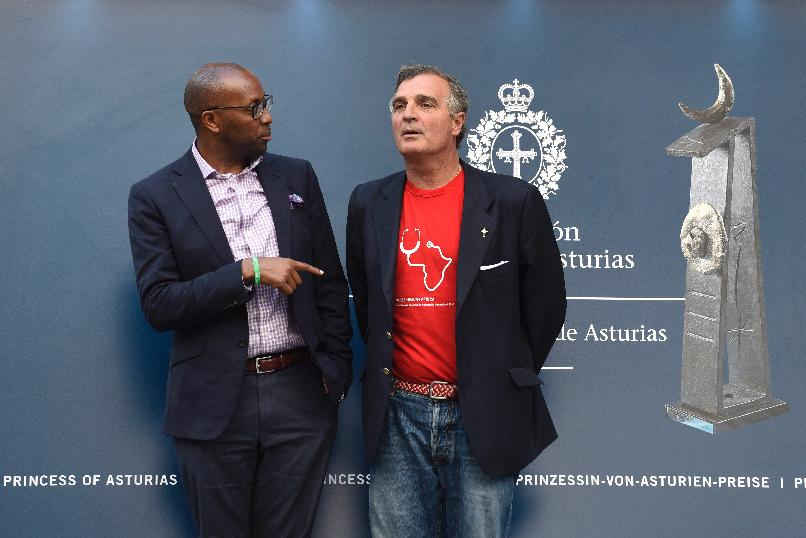 Githinji Gitahi, Group CEO of Amref Health Africa, arriving in Oviedo