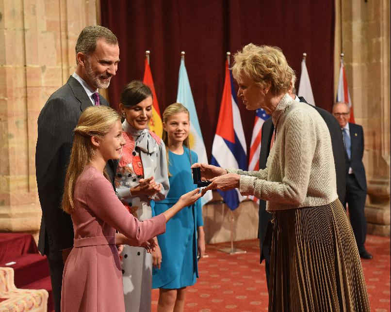 Audience held by TM the King and Queen and TRH The Princess of Asturias and the Infanta Sofía with the Laureates
