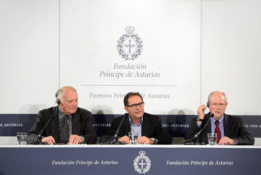 Rueda de prensa de los químicos Galen D. Stucky, Avelino Corma y Mark E. Davis, galardonados con el Premio Príncipe de Asturias 2014 de Investigación Científica y Técnica.