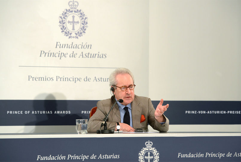 Press conference with John Banville