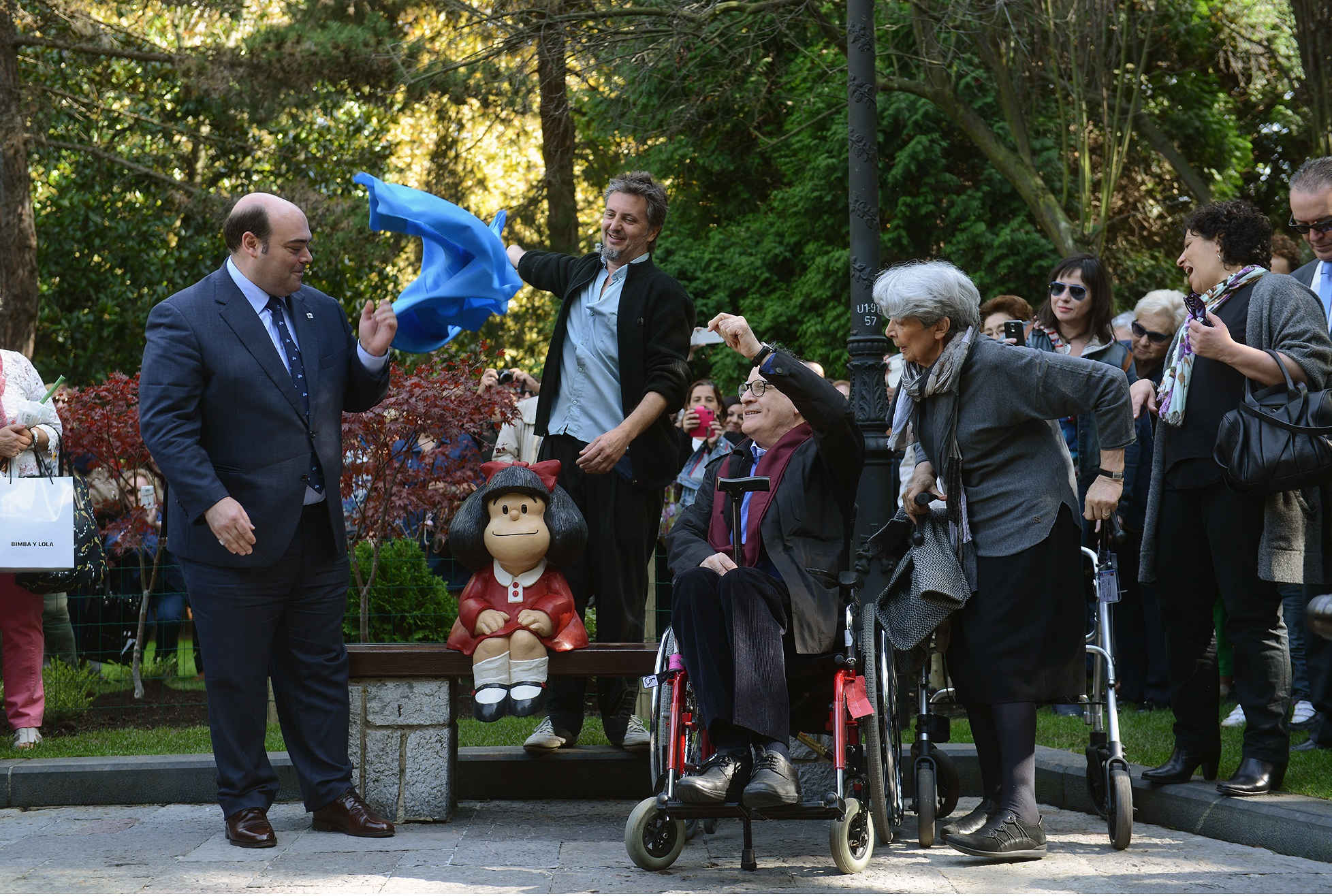 Inauguration of Mafalda's sculpture in Oviedo