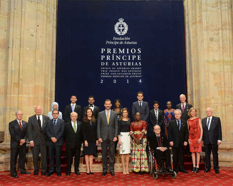 Audiencia de SS.MM. los Reyes de España con los galardonados