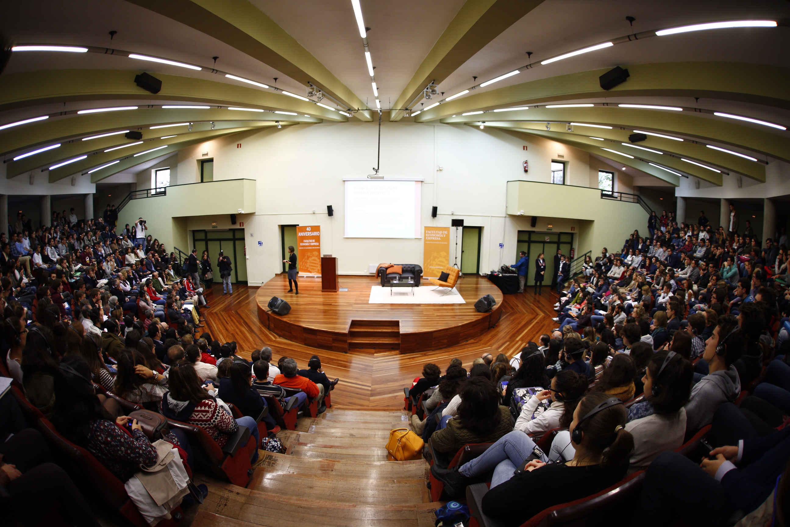 Conferencia de Esther Duflo