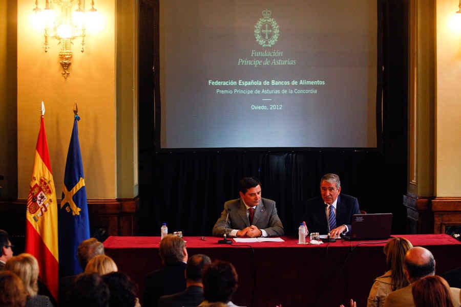 Visit to the Principality of Asturias Regional Parliament
