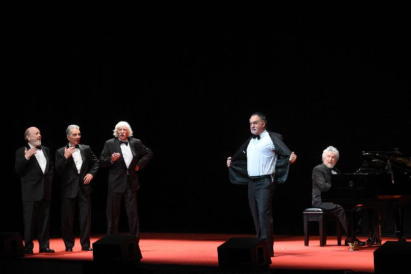 """Les Luthiers. A Meeting with the Public"""