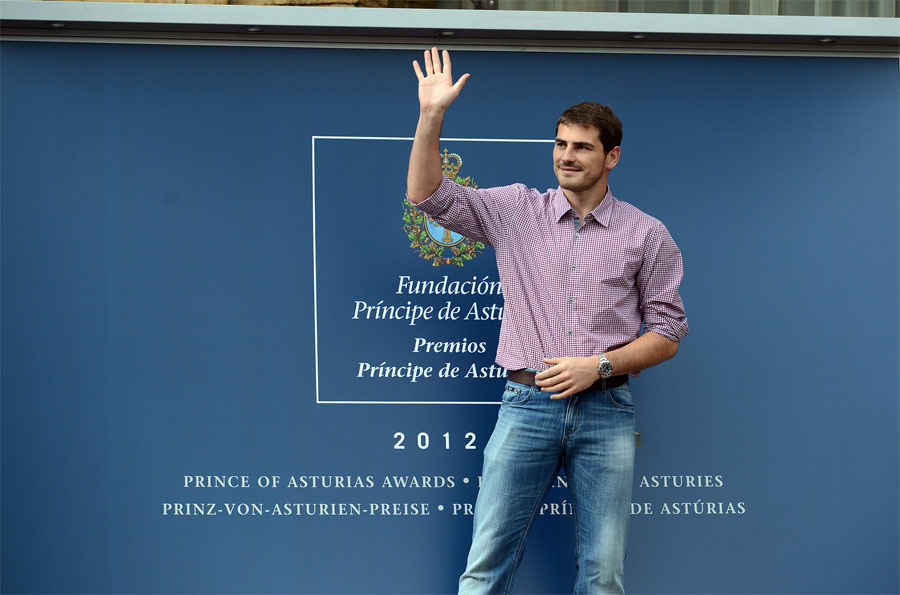 Arrive of Iker Casillas
