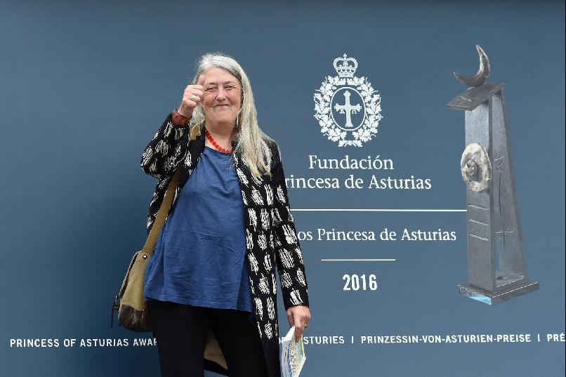 Arrival of Mary Beard