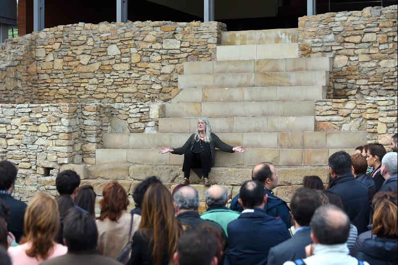 Visit to the Villa of Veranes with Mary Beard