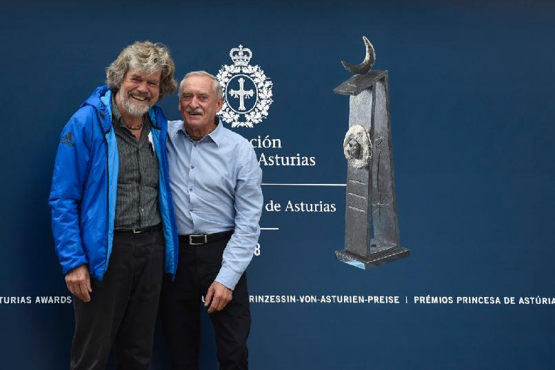Arrival of Reinhold Messner and Krzysztof Wielicki