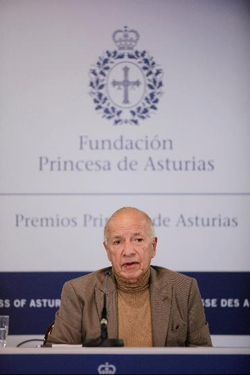 Press conference with Alejandro Portes