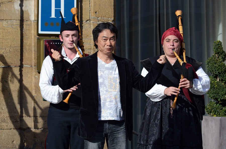 Arrive of Shigeru Miyamoto