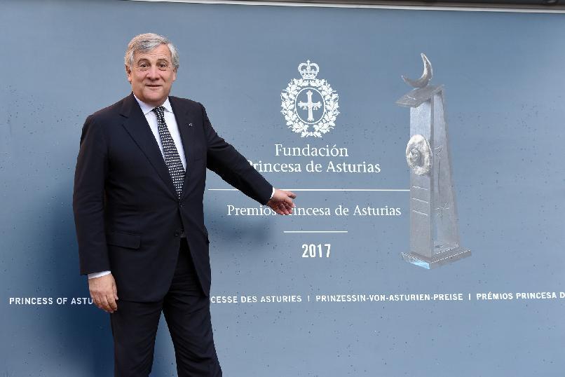 Llegada de Antonio Tajani