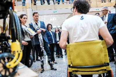 Hugh Herr visita la Escuela Politécnica de Ingeniería de Gijón
