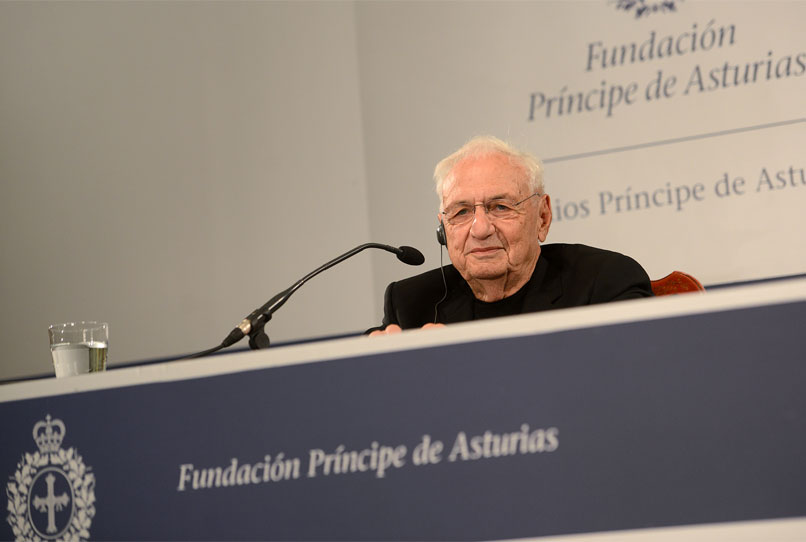Press conference with Frank O. Gehry