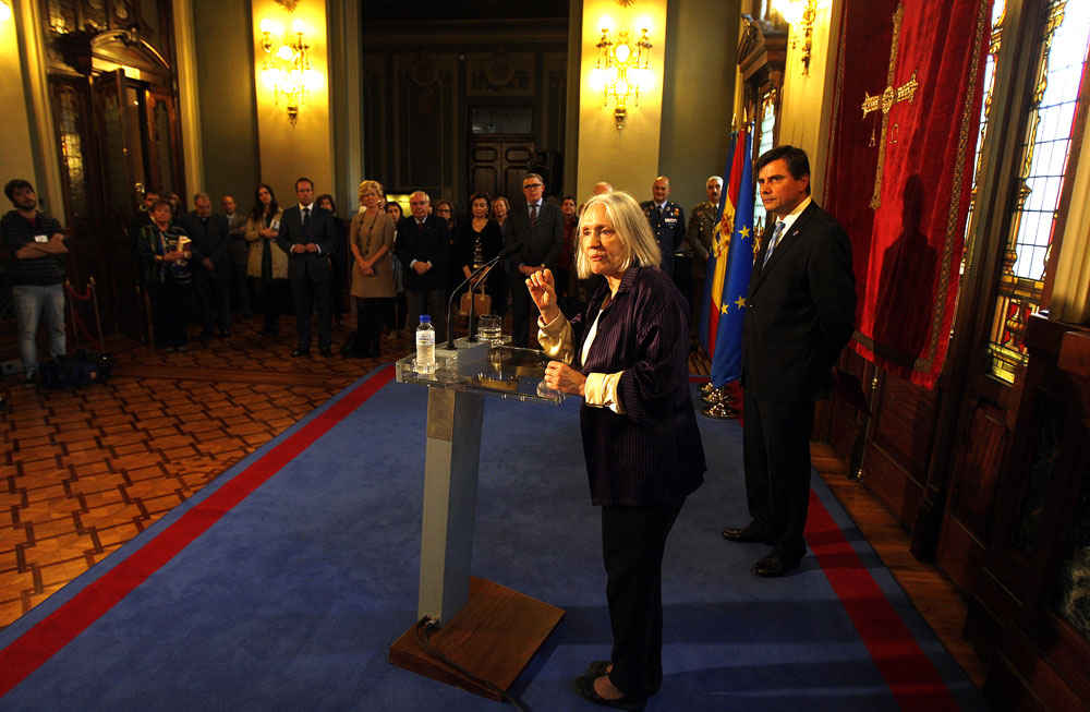 Saskia Sassen visiting the Principality of Asturias Regional Parliament
